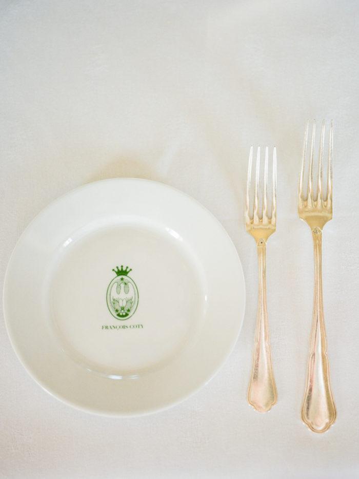 Artigny-tabletop-luxury