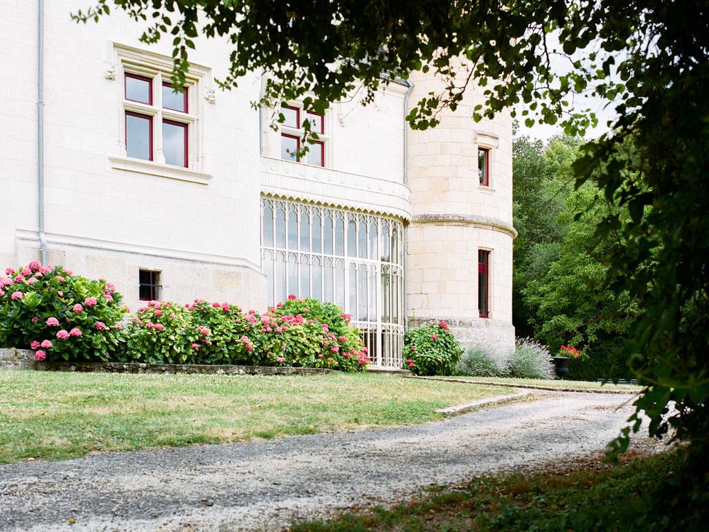 Intimate-wedding-venue-Loire-Valley