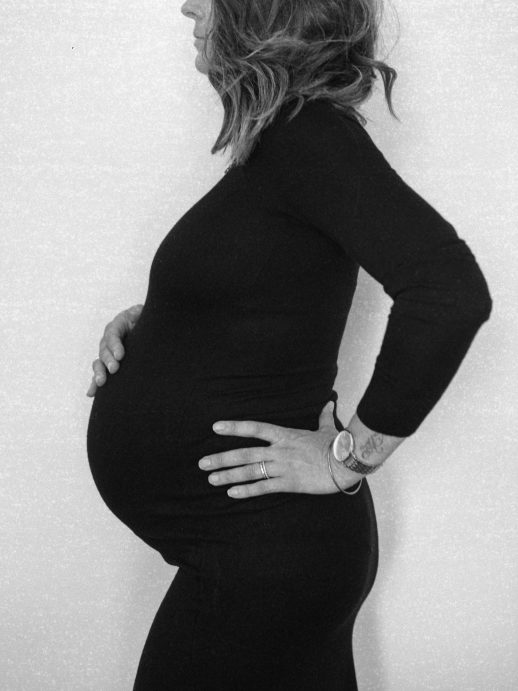 Maternity-session-Loire-Valley